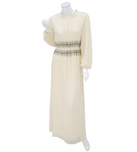 An elegant and attractive evening dress 7680
